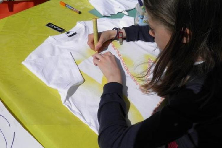 Zonta-T-Shirts malen